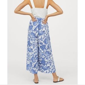 H&M Blue White Floral Cropped Wide Leg Trouser